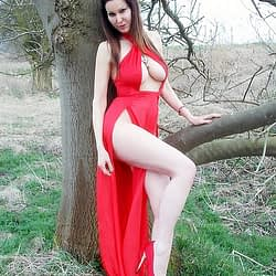 RED DRESS WITH SLIT-DAVE-1