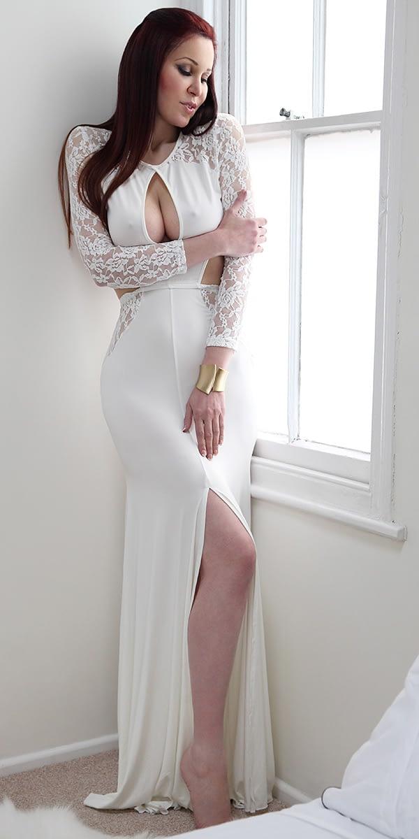 Amanda Swan-33_8474_Lee_MAIN-CROP