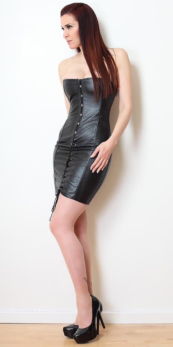 Amanda Swan-30_3424_Lee_MAIN-CROP
